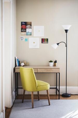 Zelfklevende meubelfolie aanbrengen