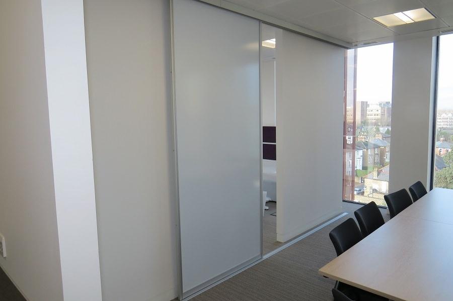 Whiteboard deursticker - voorbeeld kantoor